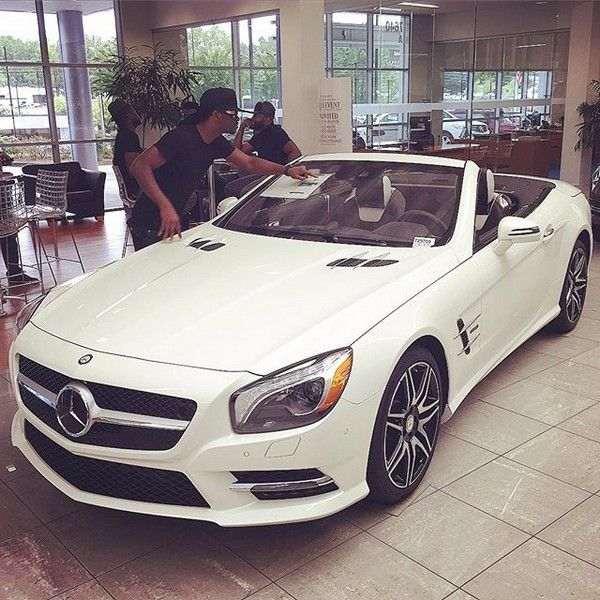 rude-boy-at-mercedes-shop
