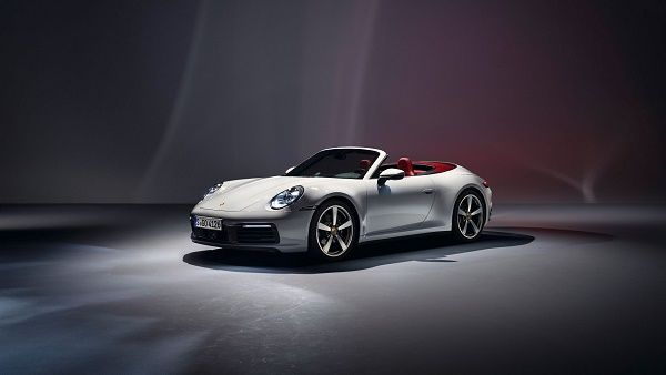The-entry-level -911-Carrera-Coupe