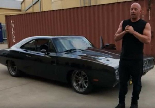 Vin-Diesel-Dominic-Toretto-with-his-1970-Dodge-Charger-with-1650hp