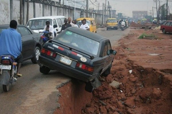 car-falling-in-nigeria