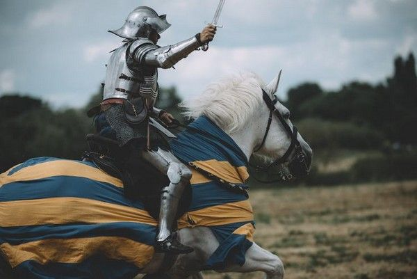 knight-medieval-horseman