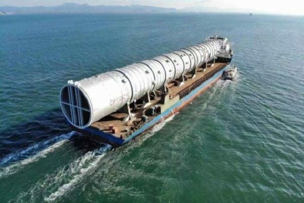 World-Largest-atmospheric-tower-ships-from-China-to-Aliko Dangote-refinery-Lagos-Nigeria