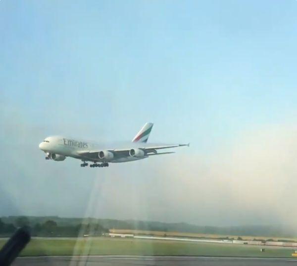 emirate-aircraft-a380-4