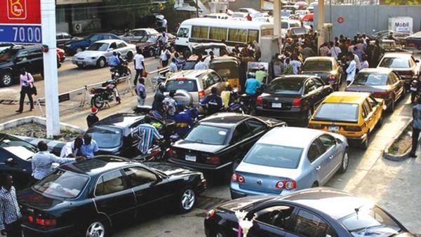 fuel-scarcity-queue