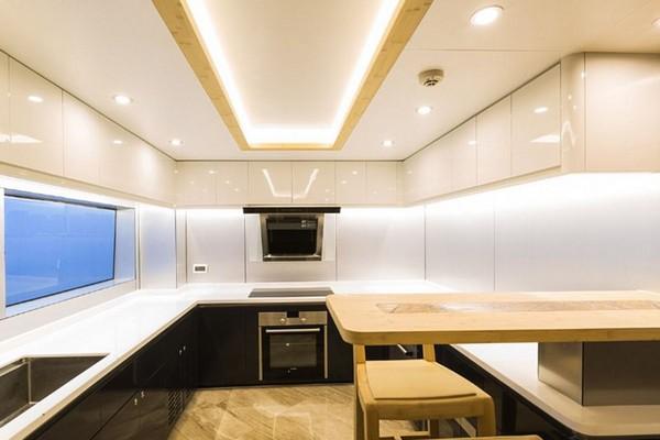 jackie-chan-yacht-kitchen