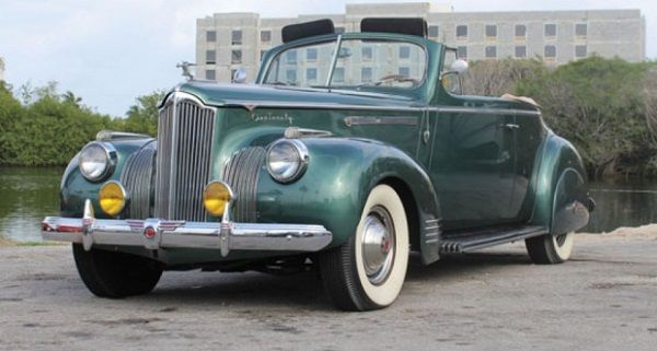 1941-Packard-One-Twenty-Convertible