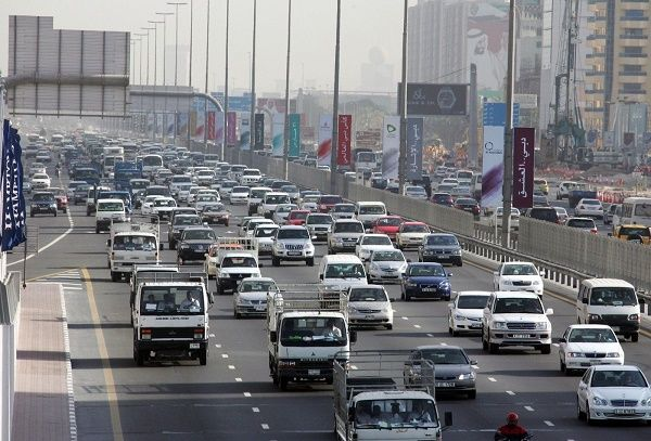 Dubai-busy-road