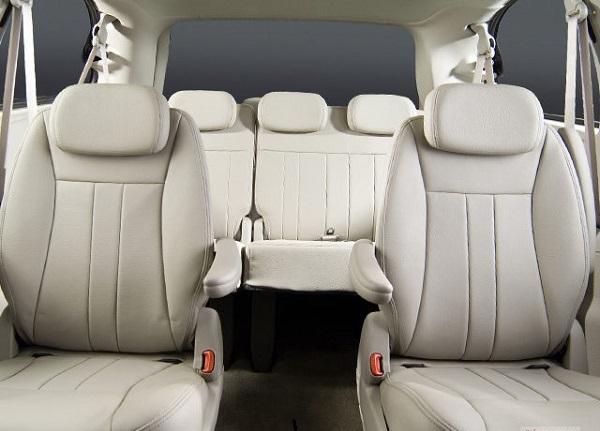 2nd-gen-Toyota-Sienna-seats