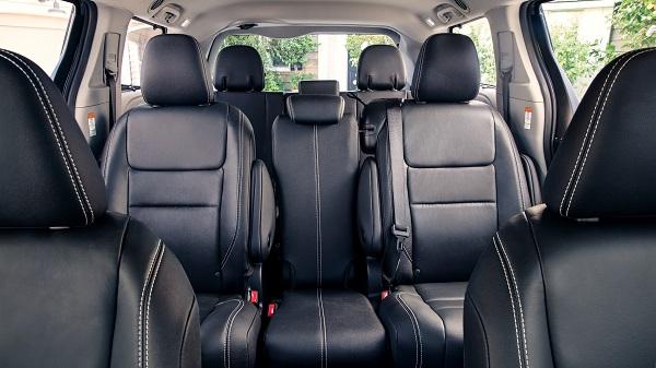 3rd-gen-Toyota-Sienna-seats