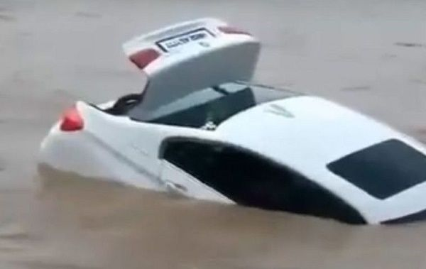 BMW-sinking-into-river