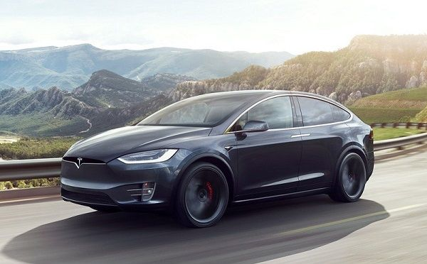 image-of-steph-curry-tesla-model-x