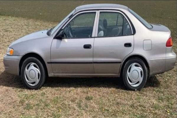 1998-Corolla-parked-in-field