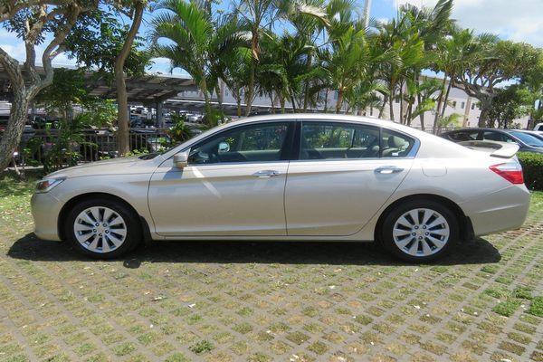 Side-view-2014-Honda-Accord