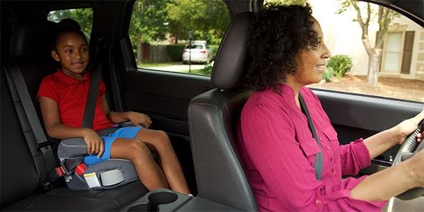image-of-kid-using-seat-belt