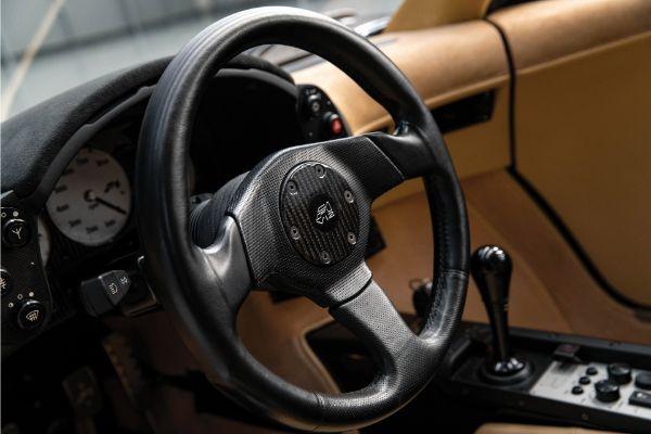 1994-mclaren-f1-lm-specification-steering-wheel