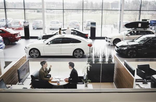 Cars-at-dealership-01