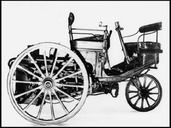 Steam-driven-3-wheeler-first-Peugeot-automobile-1889