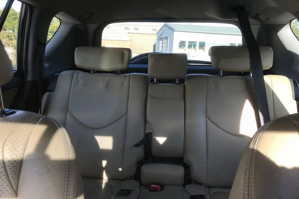 Back-seat-the-toyota-RAV4-2007