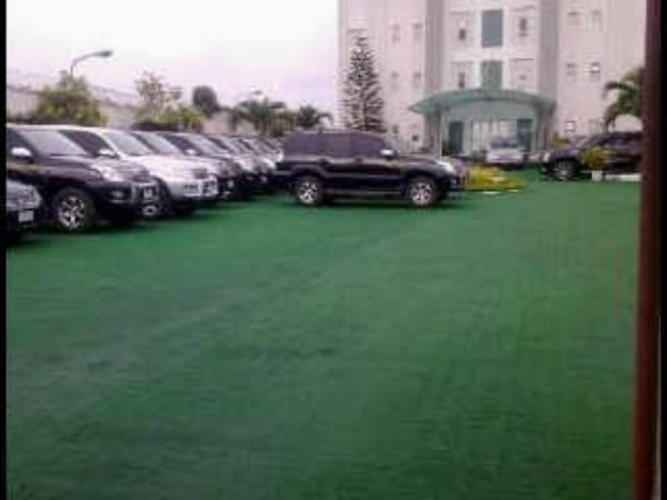 Pastor-Chris-Oyakhilome's-fleet-of-cars