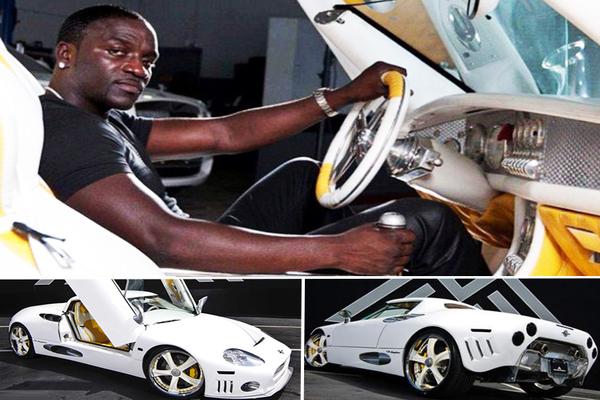 Akon-sitting-in-his-Spyker-C8