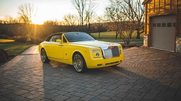 Michael-Fux-distinct-colored-Rolls-Royce-car
