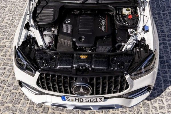 gle-coupe-engine