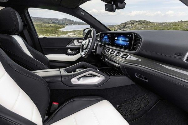 GLE-coupe-interior