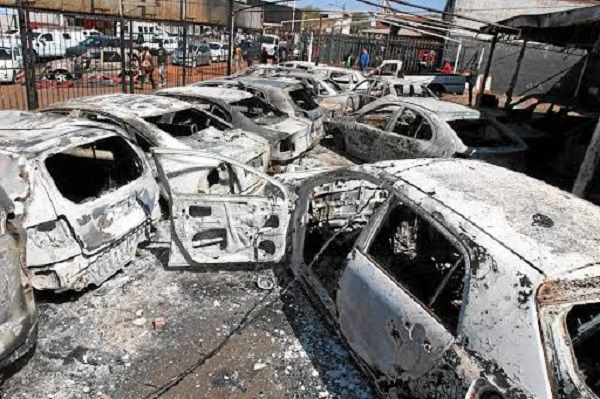 image-of-cars-burnt-in-jepperstown