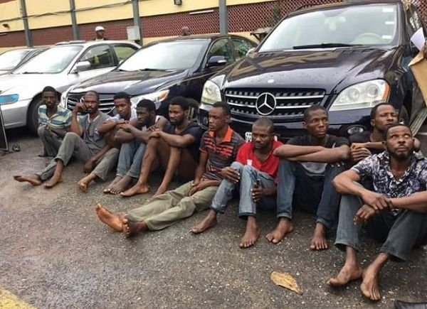 Osun-police-arrests-10-robbers