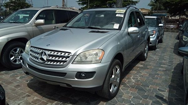 2006-Mercedes-Benz-ML350-SUV