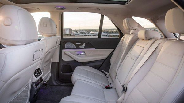 backseats-of-the-Mercedes-benz-GLE-4matic