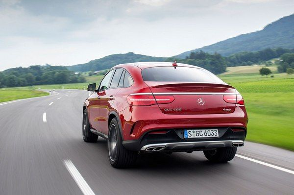 red-Mercedes-Benz-GLE-4matic-running-on-road