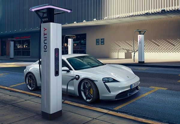 All-electric-2020-Porsche-Taycan-sports-car-in-a-charge-station