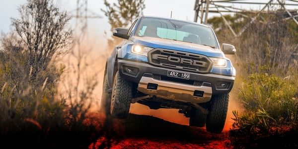 ford-car-off-road