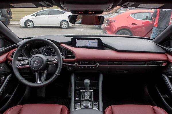 Interior-of-2019-Mazda-3-hatchback