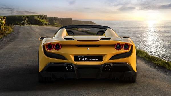 rear-Ferrari-F8-Spider