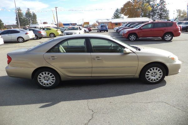 toyota-camry-2002-side