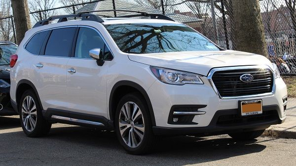 2019-Subaru-Ascent-midsize-SUV