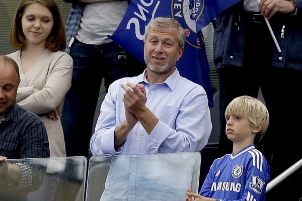 Roman-Abramovich-owner-of-Chelsea-football-club