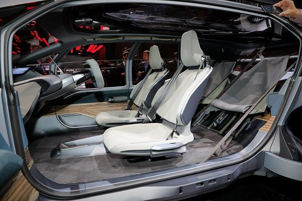 audi-ai-trail-quattro-cabin-design-and-seats-arrangement