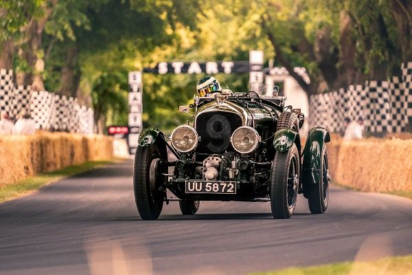 iconic-Bentley-Blower