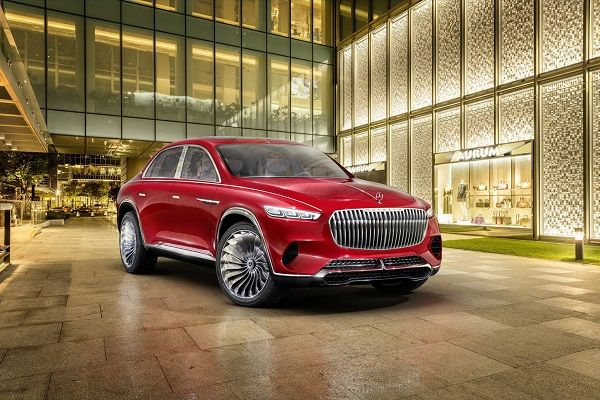 image-of-mercedes-maybach-ultimate-luxury-front-view