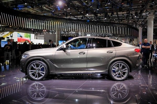bmw-x6-side-view