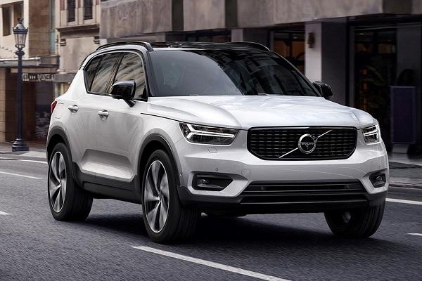 2020-Volvo-XC40-SUV