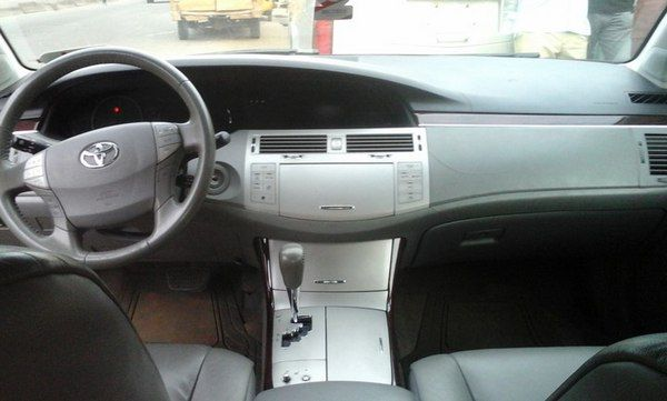 2008-toyota-avalon-dashboard