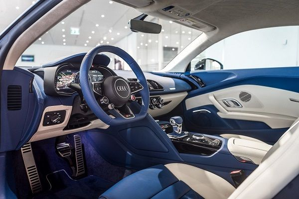 image-of-audi-r8-frosted-glass-blue-interior-look