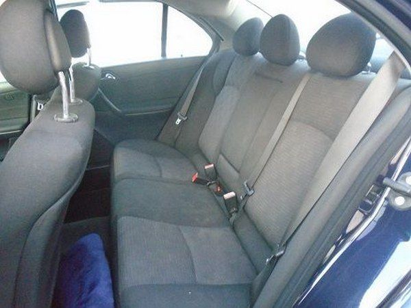 rear-seats-of-the-Mercede-Benz-C180