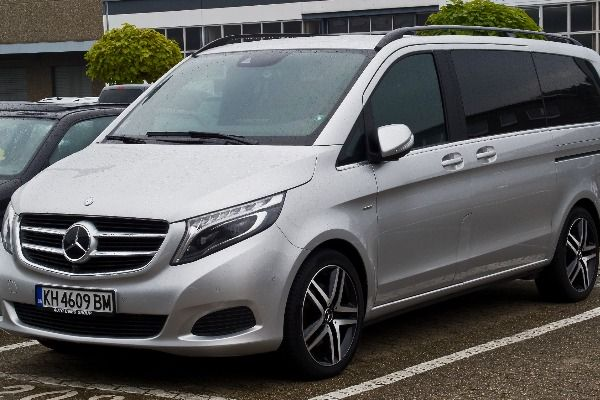 Mercedes-V-Class-vehicle-at-a-parking-lot