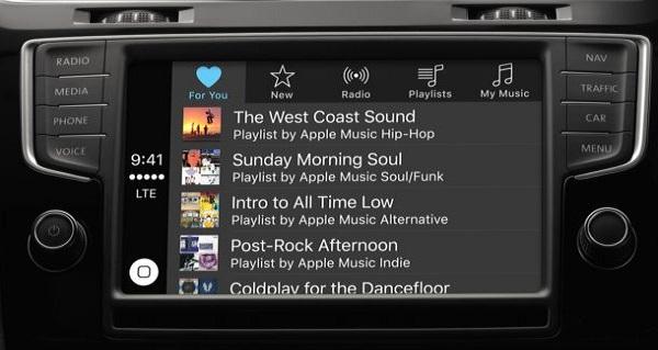 Apple-carplay-Playlist-on-car-display