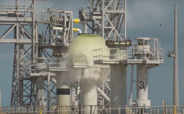 water-poured-on-launch-pad